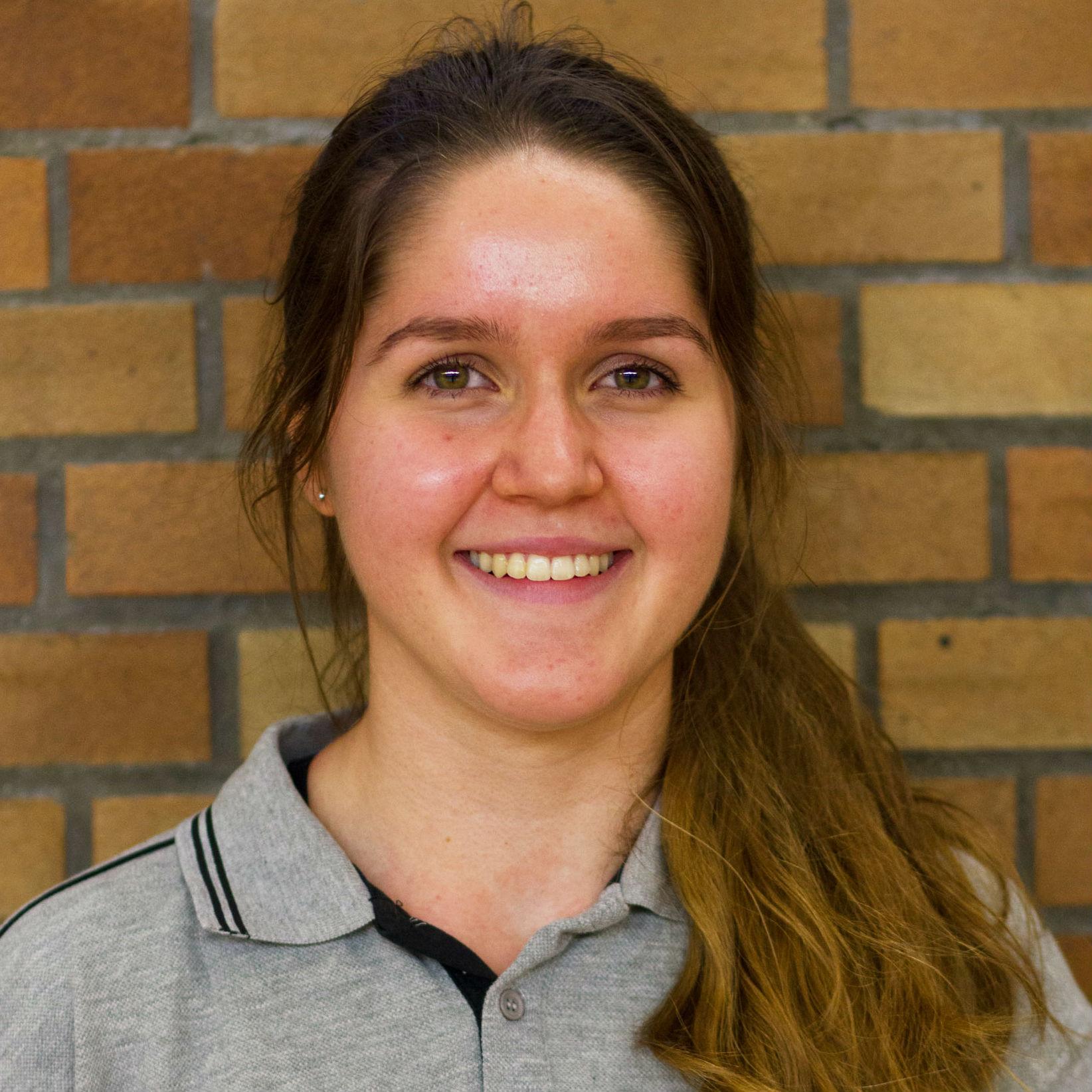 Leonie Steidle unterstützt in der U12